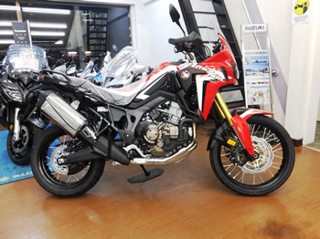 16.CRF1000L Africa Twin